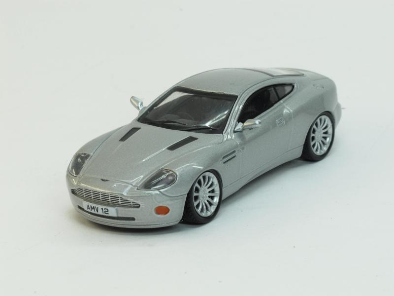 Aston Martin V12 Vanquish (модель + журнал), журнальная серия Суперкары