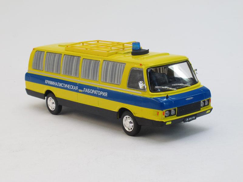 Автомобиль на службе №13, ЗИЛ-118КЛ Криминалистическая лаборатория (модель+журнал)