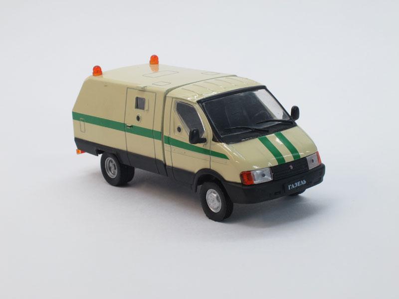 Автомобиль на службе №14, Ратник (ГАЗ-3302), инкассация (модель+журнал)