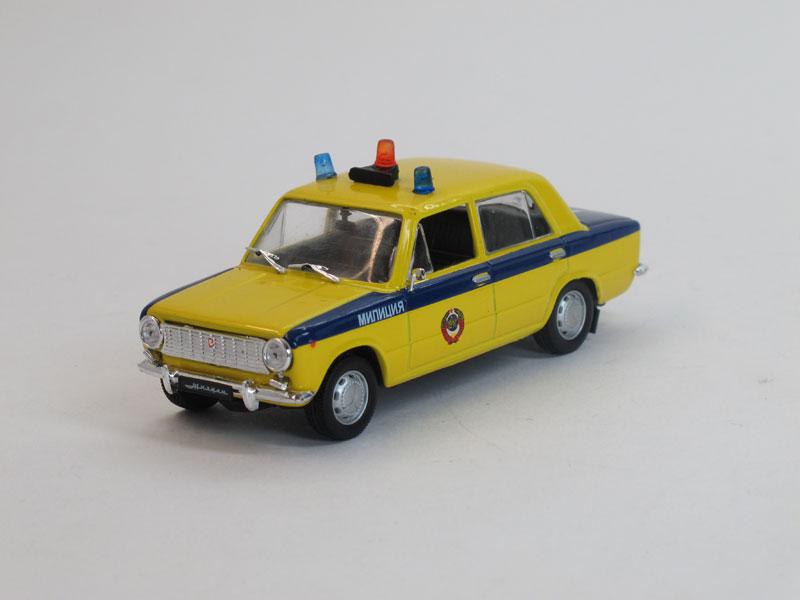 Автомобиль на службе №18, ВАЗ-2101 Жигули, ГАИ СССР (модель+журнал)