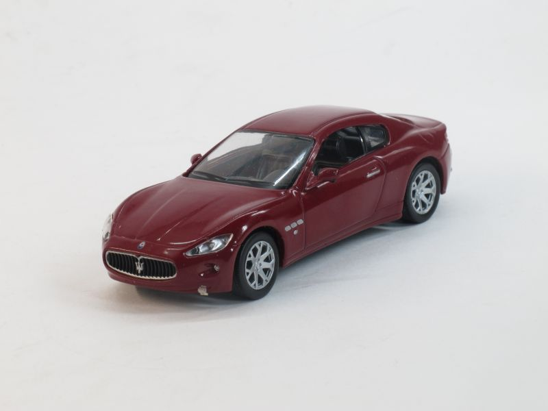 Maserati Granturismo (модель + журнал), журнальная серия Суперкары