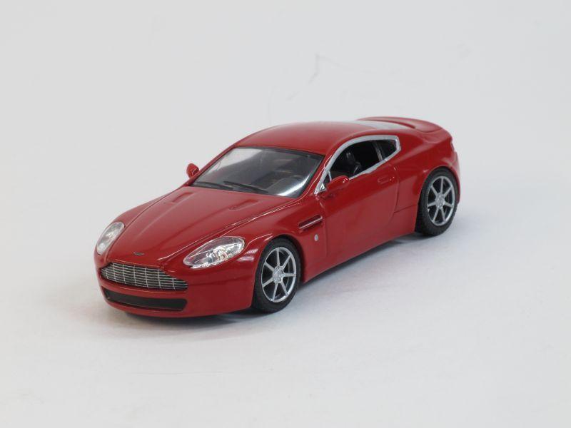Aston Martin AM V8 (модель + журнал), журнальная серия Суперкары