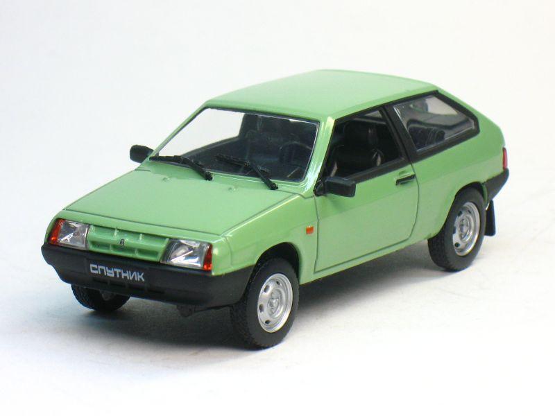 Автолегенды СССР №21, ВАЗ-2108 «Спутник» (журнал + модель)