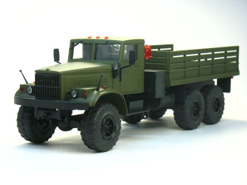 Масштабная модель КрАЗ 255 б/т (матовый, хаки). грузовые автомобили.  Масштаб:1:43.  Код модели:97003.